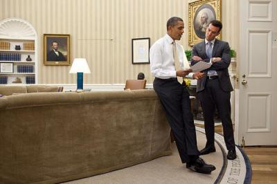 President Obama reviews the State of the Union address with his speech writer. Photo by the White House.