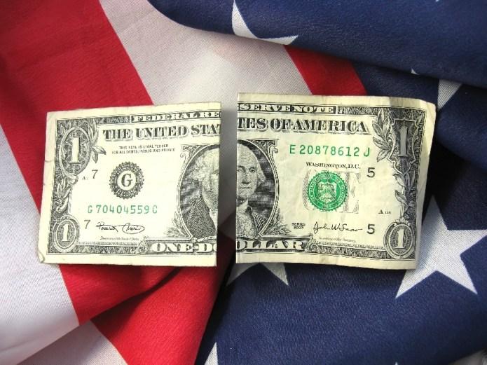 american-flag-money-divide