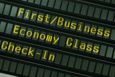 Airplanes-Economy-First-Class-Boarding-Plane