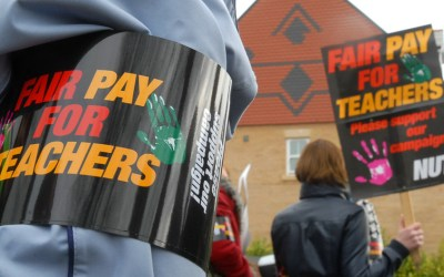 fair-pay-teachers-protest