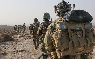 military-war-troops