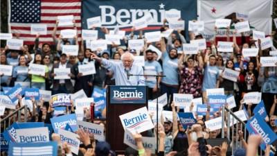 democratic-socialist-socialism-capitalism-bernie-sanders