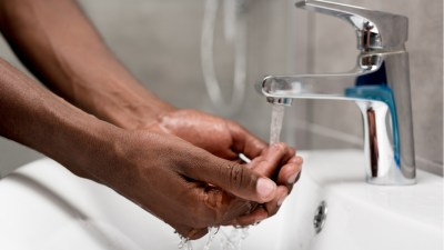 hand-washing-detroit-water-human-right