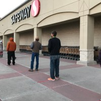 safeway - workers - covid-19 - paid-leave