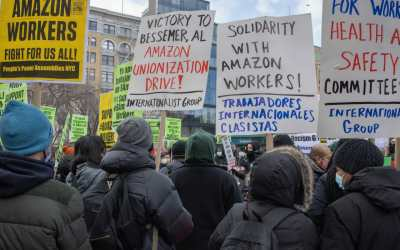 amazon workers protesting in bessemer alabama