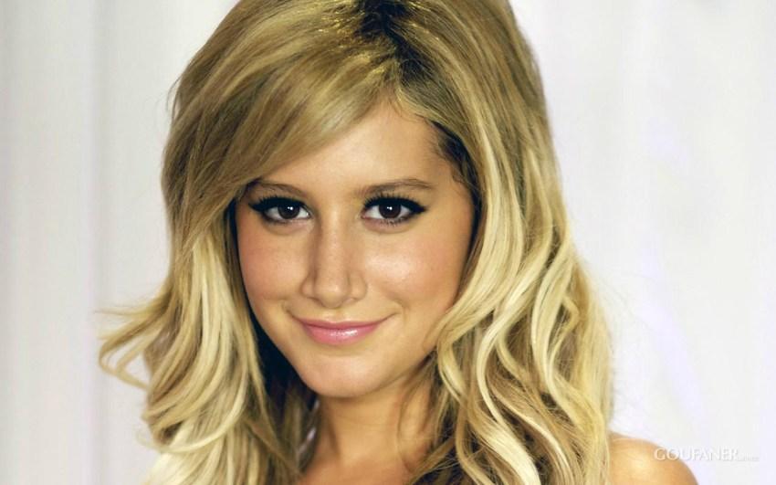 Ashley Tisdale la bionda attrice di High School Musical