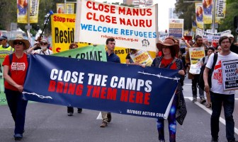 AUS - six hundred detainees to