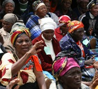 Swazi women about  to receive food rations. / Credit:Mantoe Phakathi/IPS