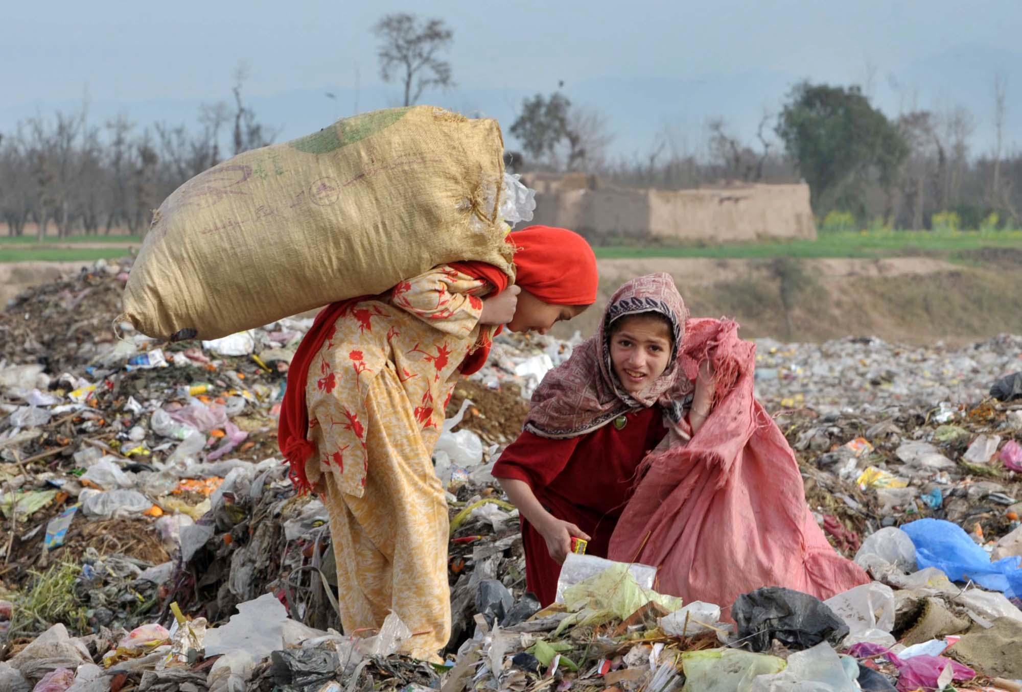 Pakistan War Breeds Child Workers