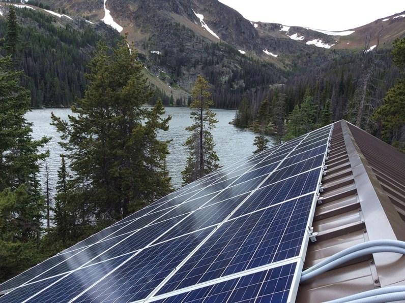 metal-roof-solar-panels-5