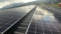 300W-Hanwha-Q-Cells-on-metal-roof