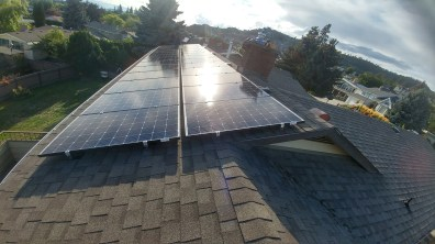 shingle-roof-solar-array-Kelowna-BC