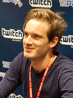 PewDiePie_at_PAX_2015_crop
