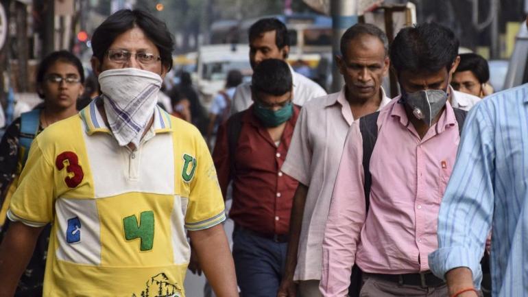 潜艇被美军围攻上浮投降,舰长回国就被捕,80名船员被开除军籍
