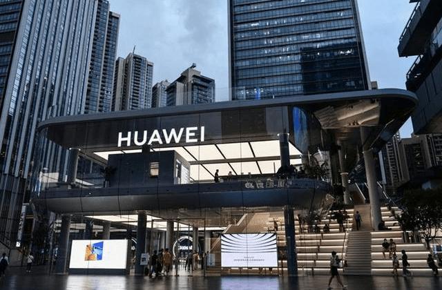 超2000名驻韩美军大闹釜山街头!6辆警车赶来,最后也无计可施