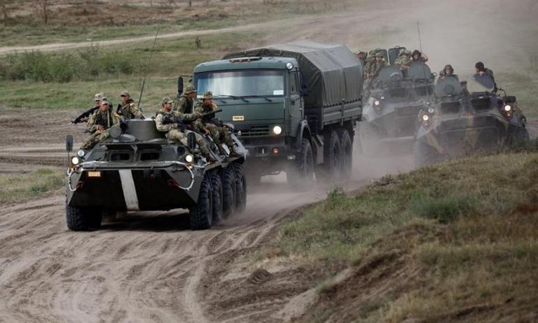 """中国军舰""""路过""""阿拉斯加,美巡逻舰跟监,连驱逐舰都派不出来?"""