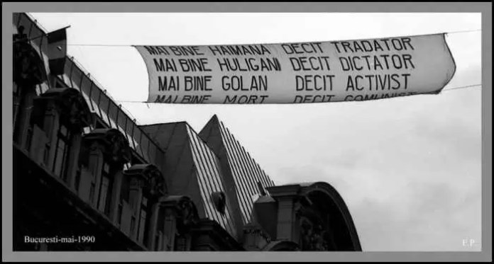Mai-bine-haimana-George-Roncea-in-Piata-Universitatii-1990-Foto-Emanuel-Parvu