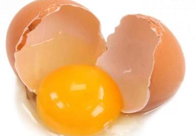 wpid-cracked-brown-egg