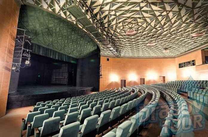 teatrul-dramatic-sica-alexandrescu-sala-mare-lateral-z