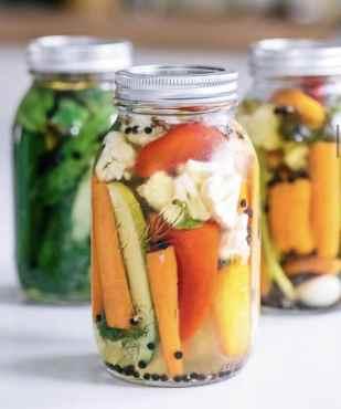 Torshi : iranian pickled vegetables