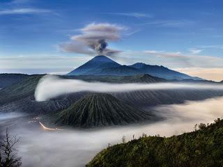 volcano01-mount-semeru-indonesia_22328_600x450