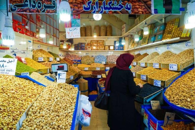 Tehran-Grand-Bazaar-03273