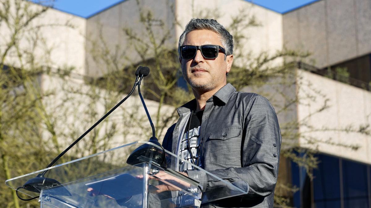 Israel's Shin Bet Interrogate, Threaten US Scholar Reza Aslan