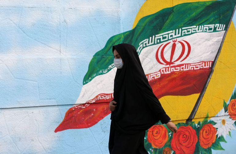 Coronavirus: Death toll in Iran climbs to 54