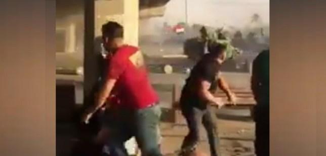من بغداد – مواجهات المتظاهرين ورمي بالرصاص الحي