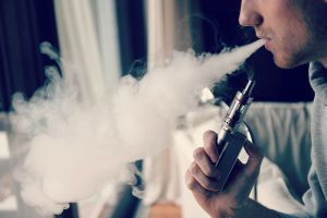 e-cigarettes-vaping device