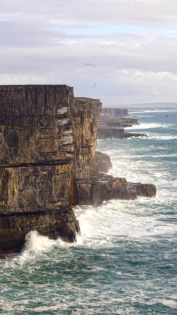cliffs-aranislands