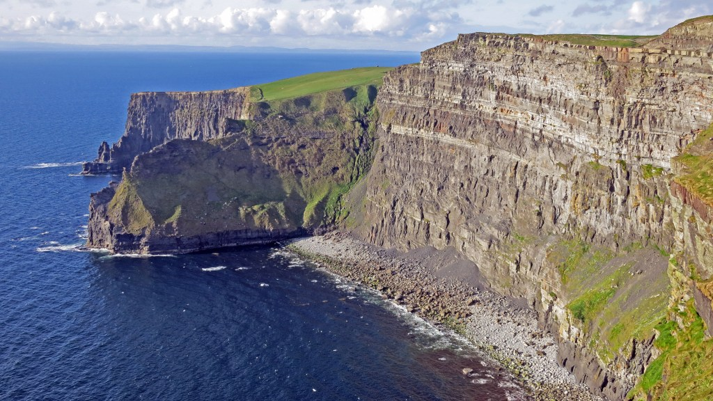 tips for visiting the cliffs of moher planning your own diy tour