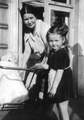 Irena and her children, Janka and Adam_6111246122_o