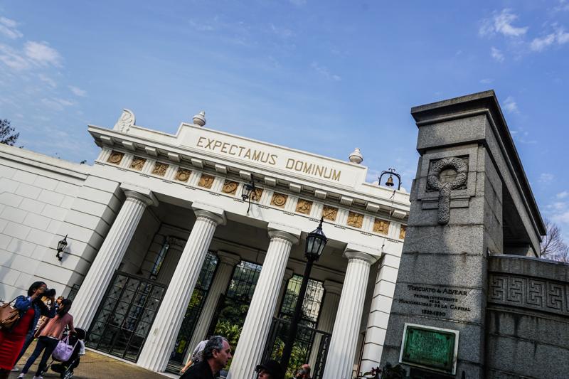 Recoleta-Cemetery-5