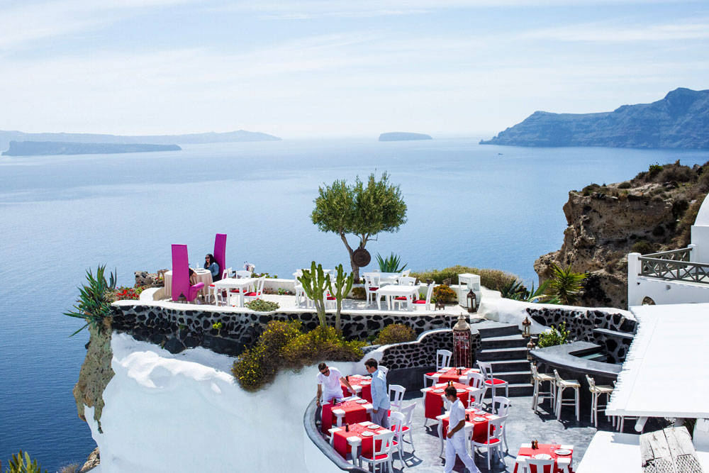 Andronis-Luxury-Suites-Santorini-10
