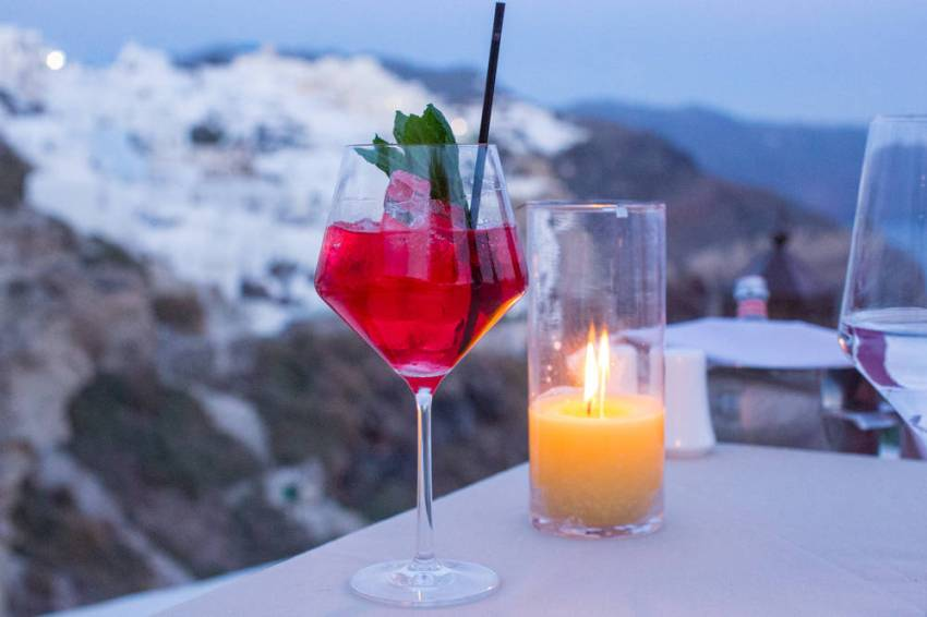 Andronis-Luxury-Suites-Santorini-12