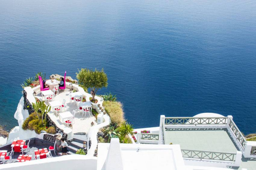 Andronis-Luxury-Suites-Santorini-9