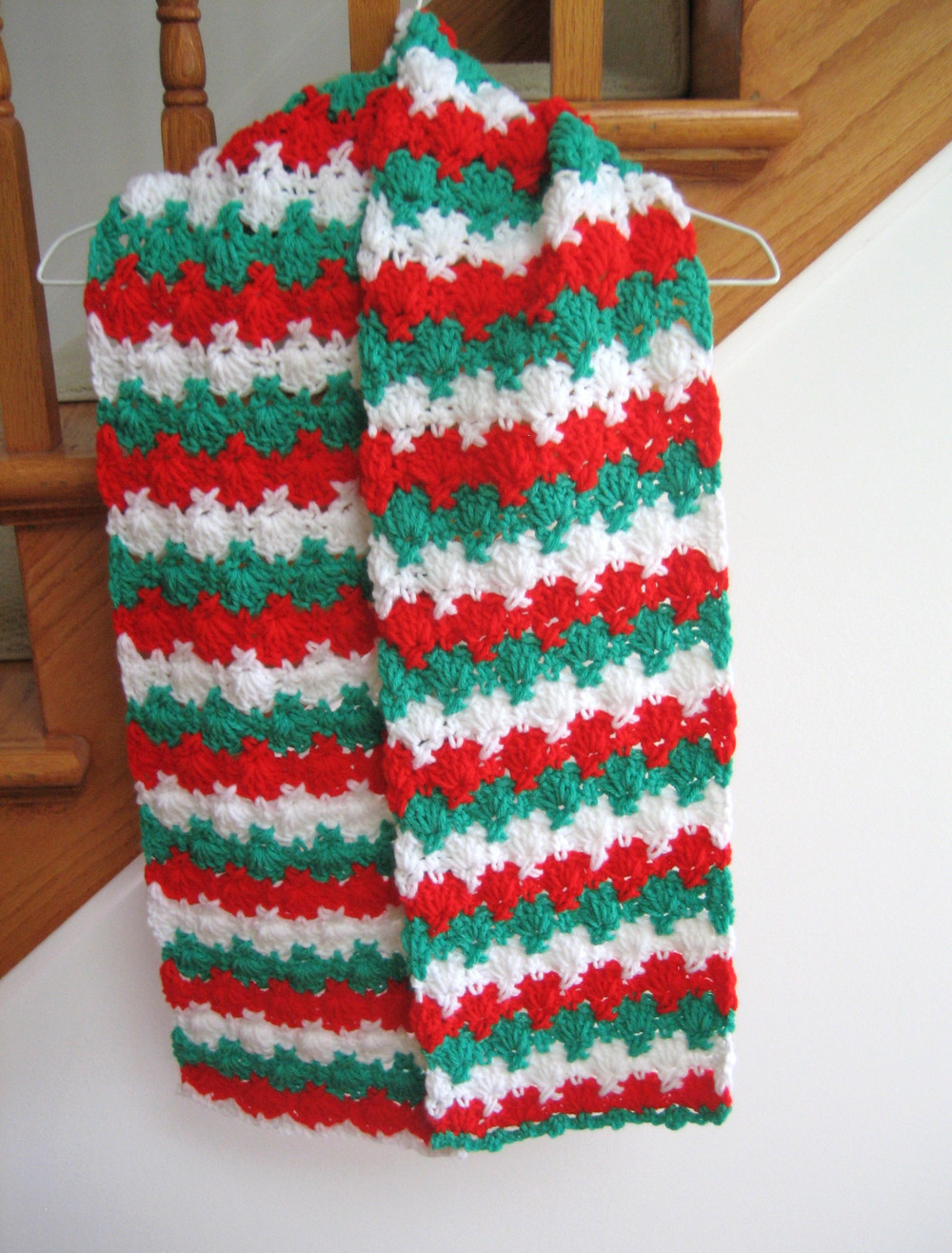 Holiday Criss Cross Crocheted Scarf Pattern  FaveCraftscom