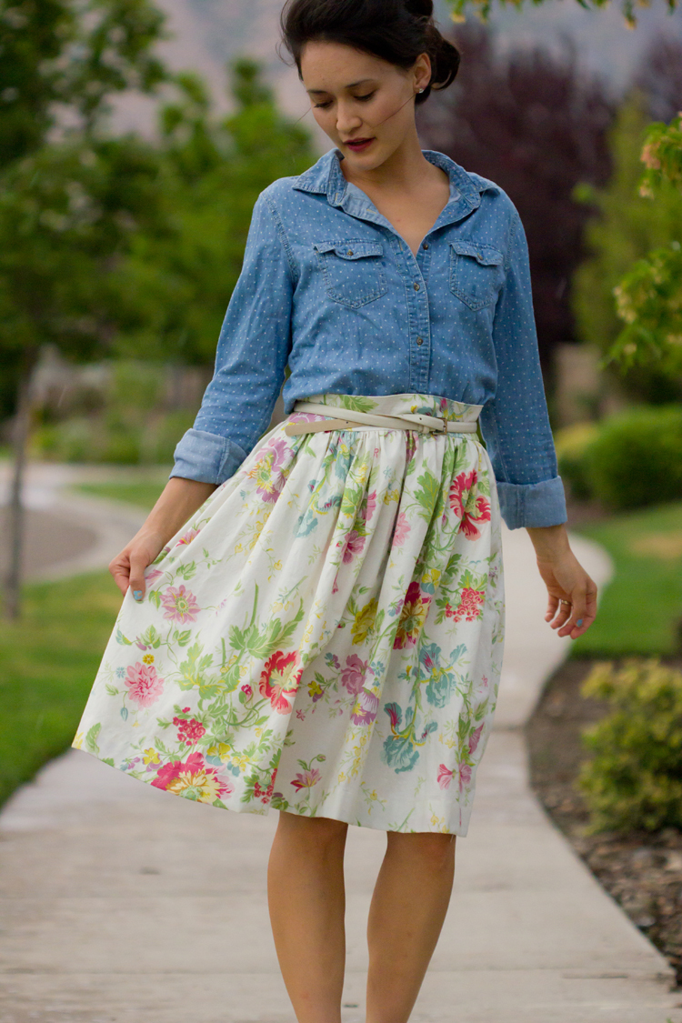 Gathered Pencil Skirt Tutorial  AllFreeSewingcom