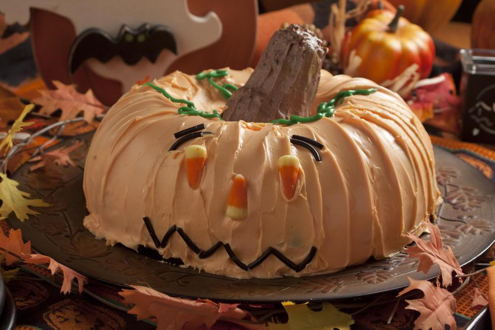 Ghoulish Halloween Cake  MrFoodcom
