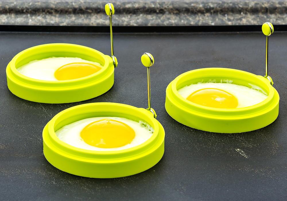 YumYum Silicone Egg Mold Set Review  FaveSouthernRecipescom