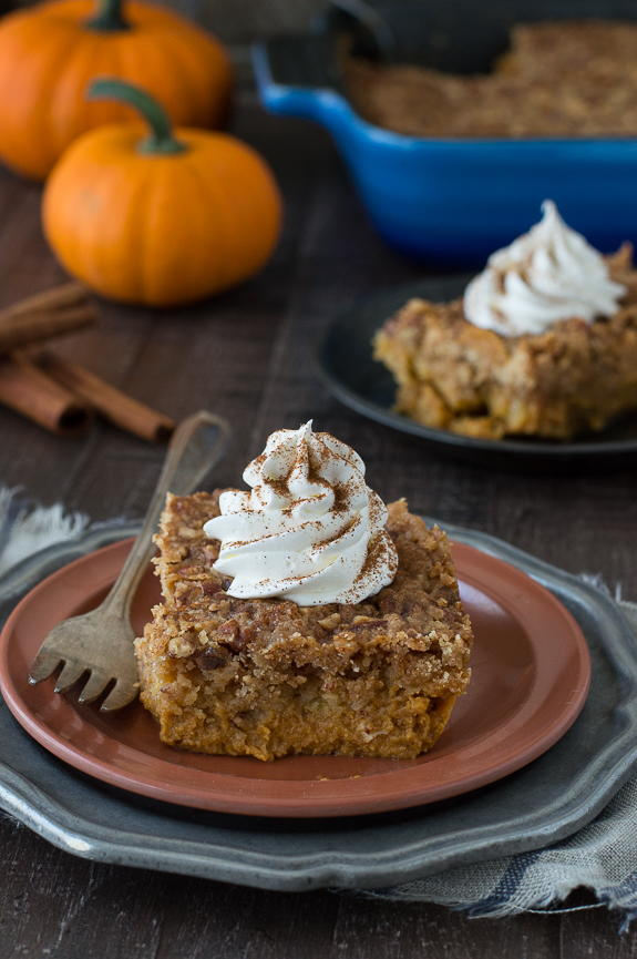 Incredibly Easy Pumpkin Dump Cake Thebestdessertrecipes Com