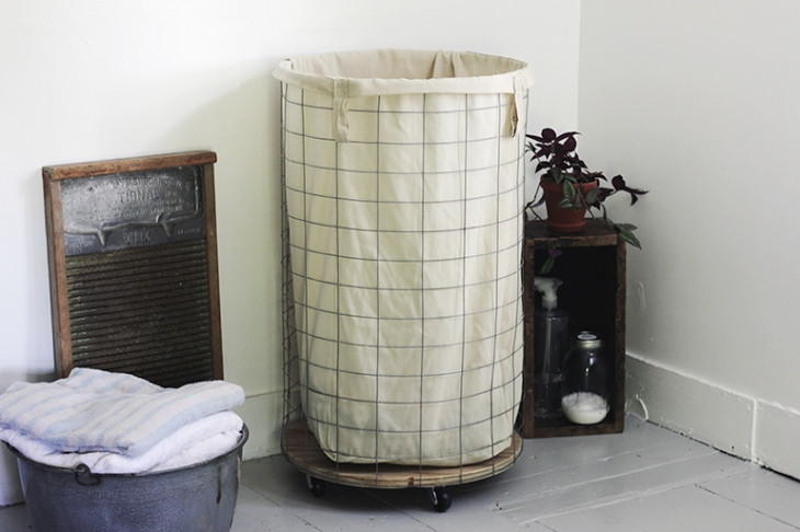 Wire DIY Laundry Hamper  DIYIdeaCentercom