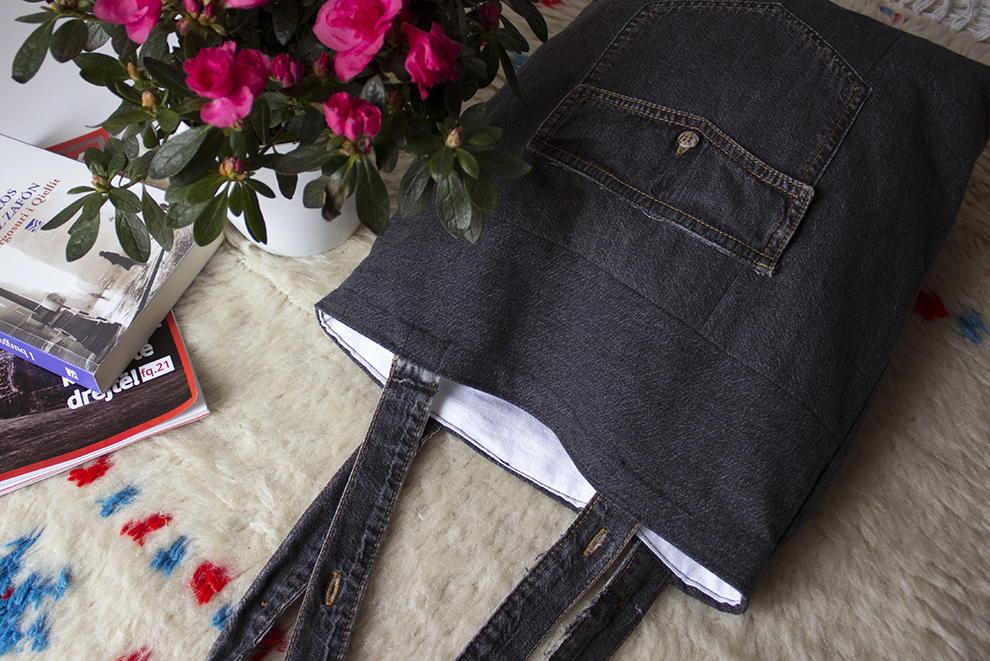 Upcycled Denim Tote Bag  AllFreeSewingcom