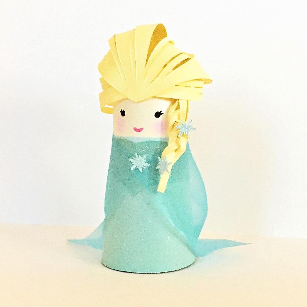 Queen Elsa Paper Tube Doll