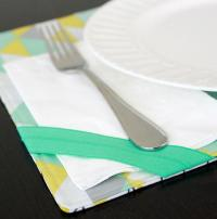 Table Setting Placemat | AllFreeSewing.com