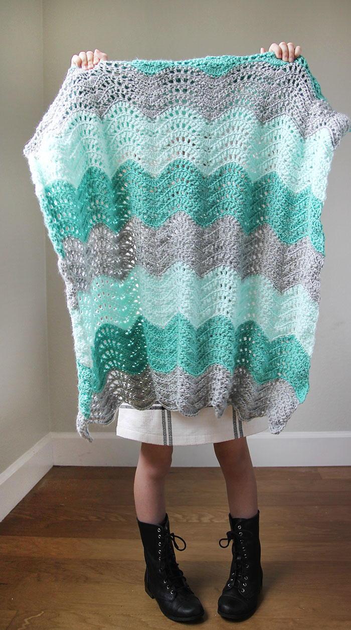 Feather and Fan Baby Blanket  AllFreeCrochetcom