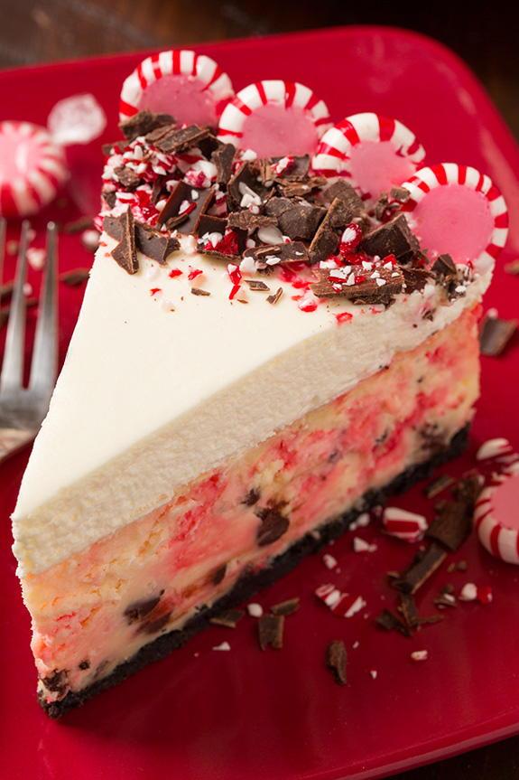 Peppermint Bark Cheesecake | RecipeLion.com