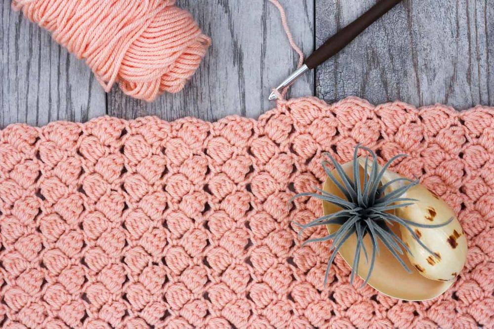 How to Crochet the Side Saddle Stitch  AllFreeCrochetcom