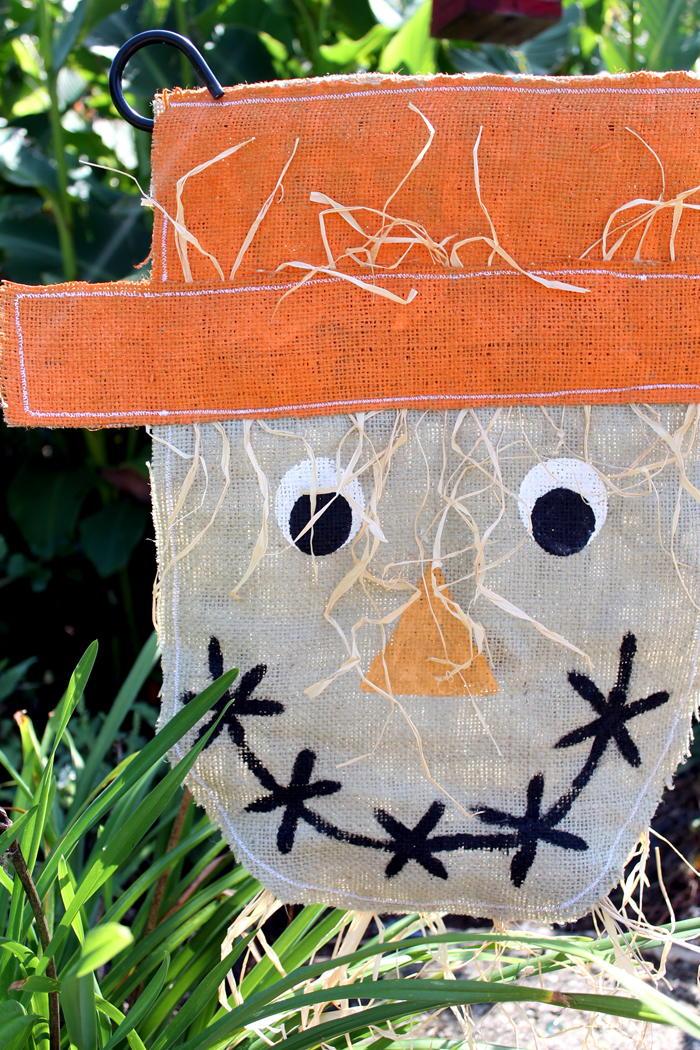 Fun Garden Scarecrow DIY Flag